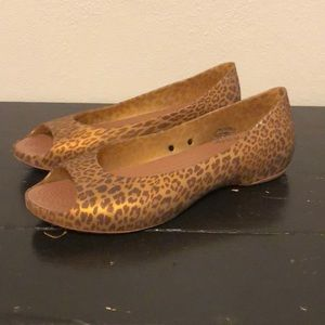 Crocs Carlie Animal Peep Toe Flat